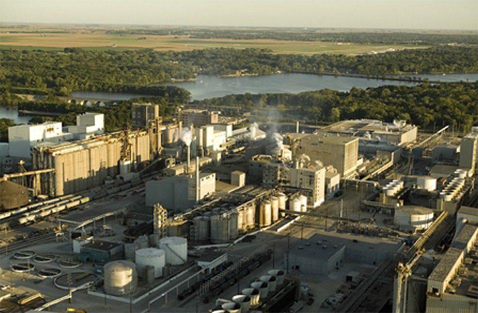 carbonsustainability_adms_biofuels_plant_decatur_illinois_source_us_department_of_energy.jpg__960x536_q85_autocrop_crop-scale_subsampling-2_upscale